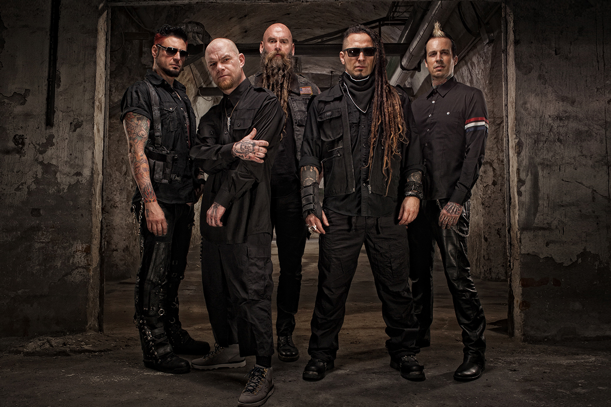 five finger death punch mit neuem album got your six am start stagr festivals konzerte news. Black Bedroom Furniture Sets. Home Design Ideas