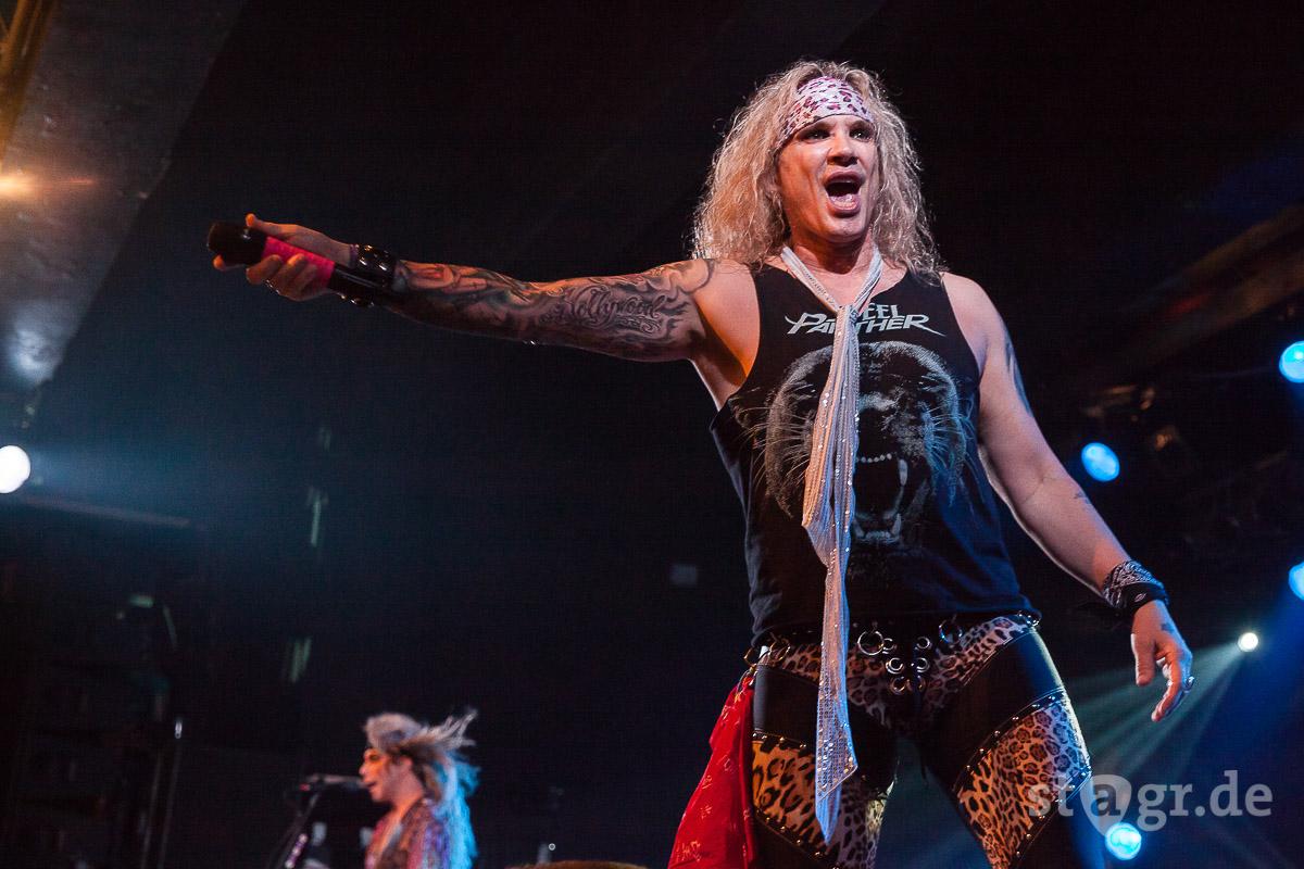 Glam Rocker Steel Panther In Hamburg Stagr Festivals