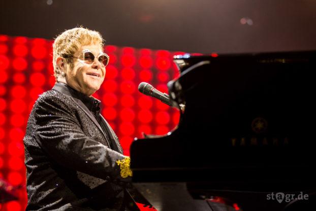 Elton John Tour 2017 / Elton John Live 2017 / Elton John Wonderful Crazy Night Tour 2017 / Lanxess Arena Köln