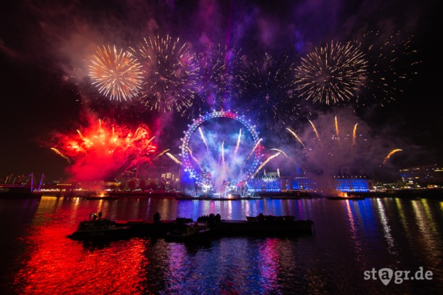 London New Year's Eve Fireworks 2020 / London NYE 2020